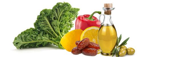 Kelj urma badem salata - kuhinja Antioksidans. Kombinacija voća i povrća garantuje bogatstvo kao i prijatno iznenađenje za vas i vaše goste. Vrlo neobično.